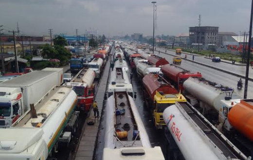 Apapa road blocked by Tankers